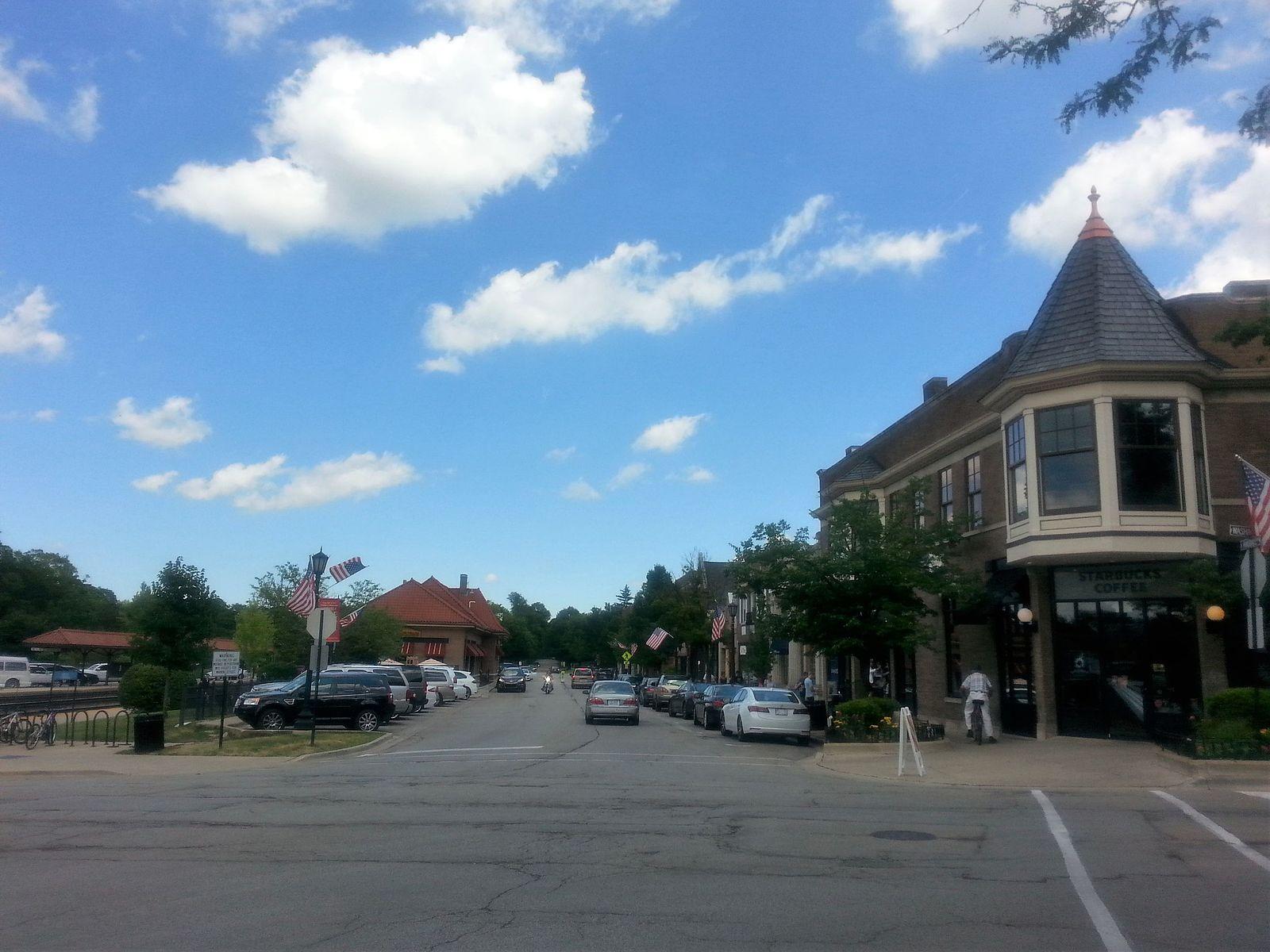 Downtown_Hinsdale_Illinois