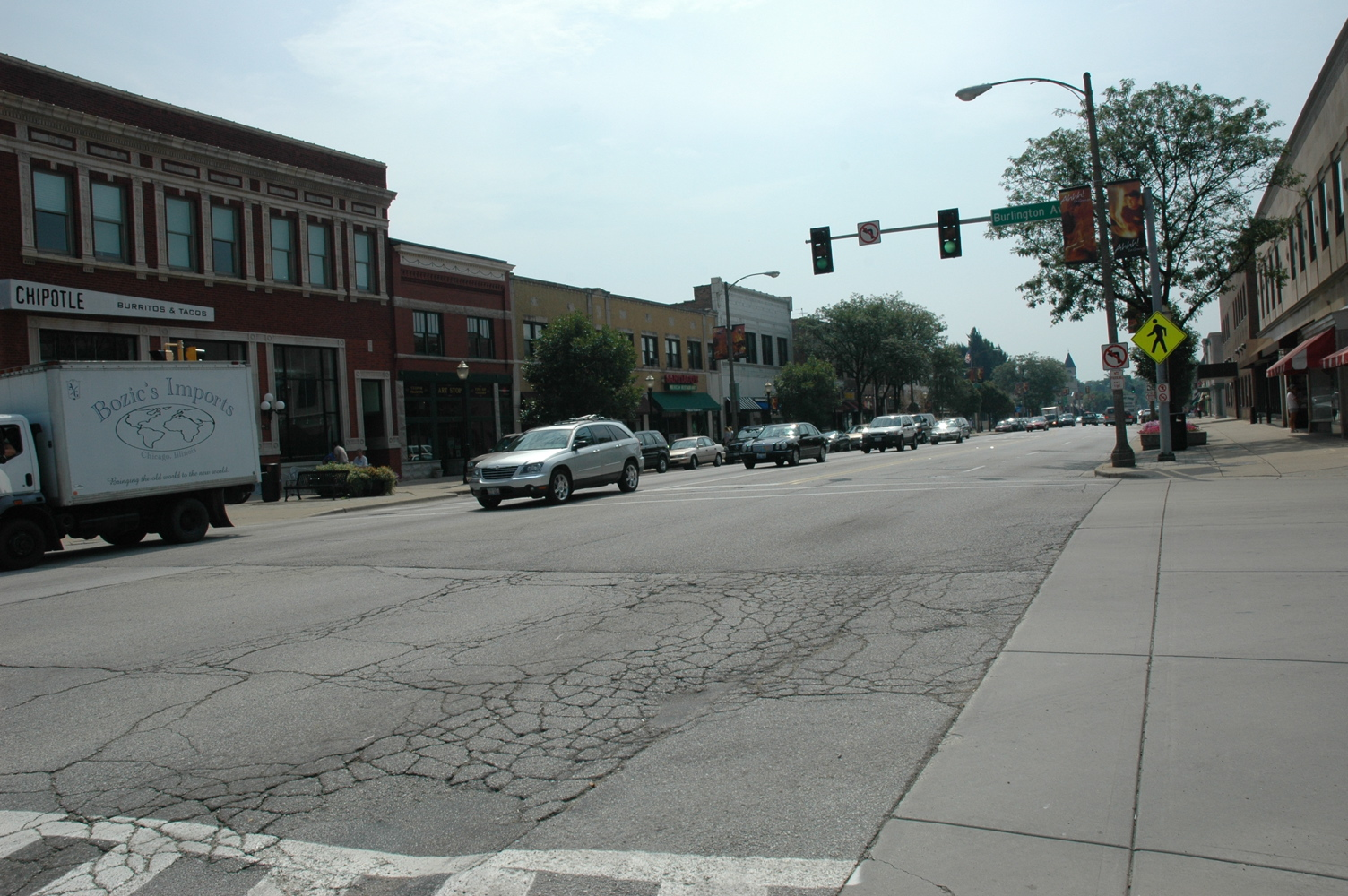 La_Grange,_Illinois_downtown